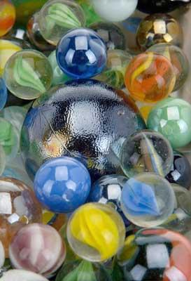 1 kg Glas marmorkugler i net