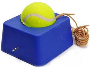 Tennistræner med elastik og fod