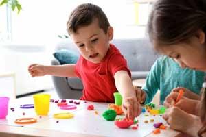 Kreativ leg med børn